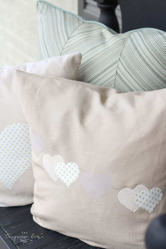 Such a CUTE and easy DIY pillow project! | Fabric Appliqué with a Silhouette Cameo