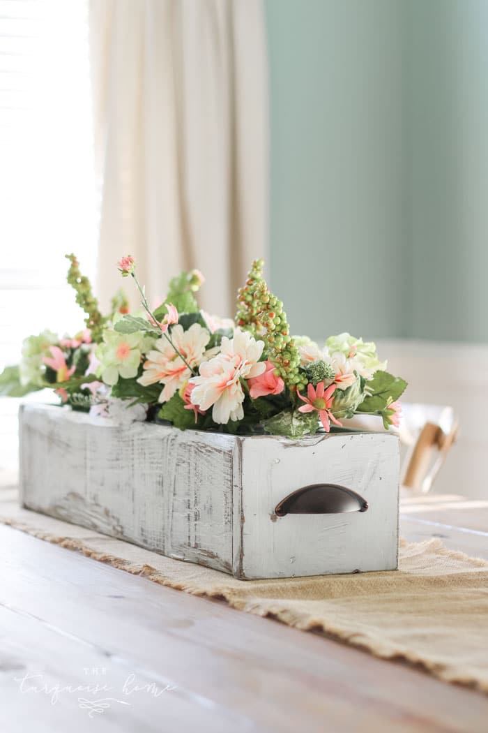 Diy farmhouse wooden box centerpiece the turquoise home for Home decor centerpieces