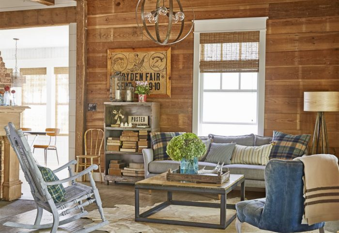 A Farmhouse Fresh Living Room from Country Living | 10 Stunning Farmhouse Living Rooms