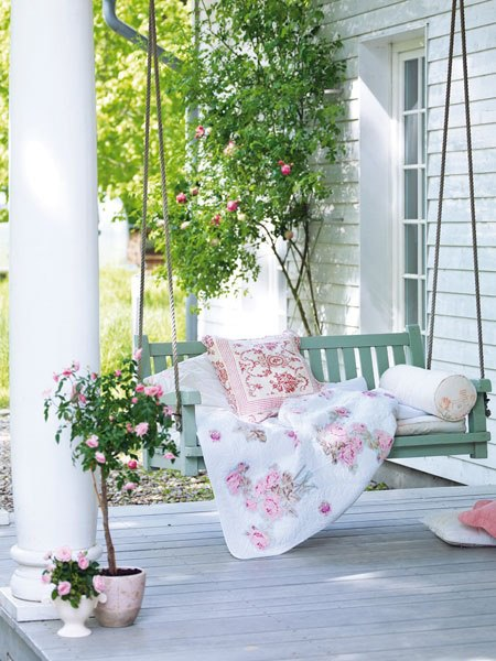 The robin's egg blue porch swing has my heart... nothing like swinging on a hot, southern summer day...