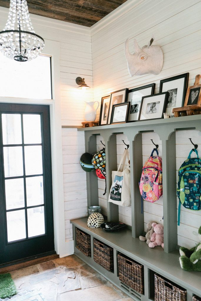 This Gorgeous Eclectic Farmhouse Mudroom Is Sure To Be A Show Stopper In Any Home Not Just Functional But Beautiful Too
