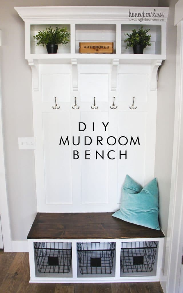Create A Huge Impact With Small Footprint By Diy Ing That S Verb This Mudroom Bench Hooks And Storage Up Top