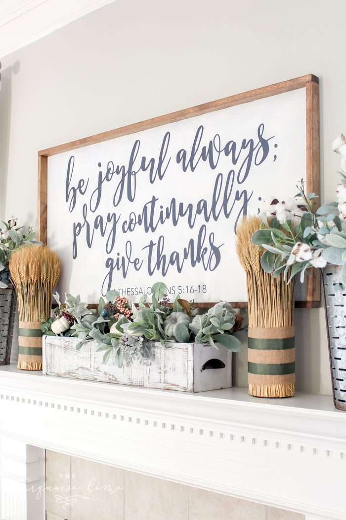 Love these simple tips for decorating for fall!! Simple farmhouse fall mantel with a DIY wooden sign