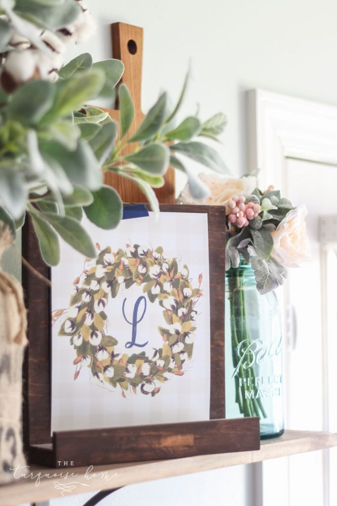 These monogramed cotton stem free printables will look so cute in a farmhouse-styled home. Grab them in any monogram! | Free Printable | Farmhouse Free Printables