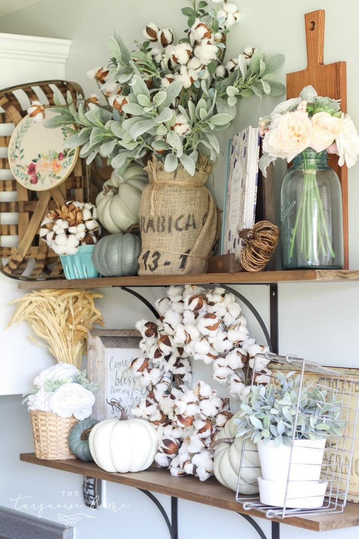 Cute, cute, cute!! Adorable fall farmhouse kitchen shelves ...