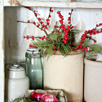 14 Fabulous Farmhouse Christmas Kitchens