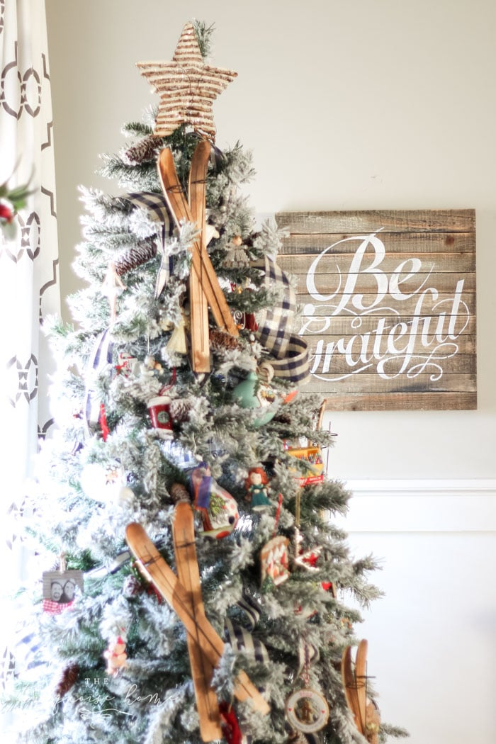 Fun and festive Christmas Tree with Be Grateful sign