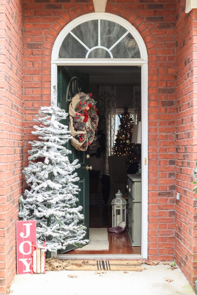 A simple Christmas front stoop