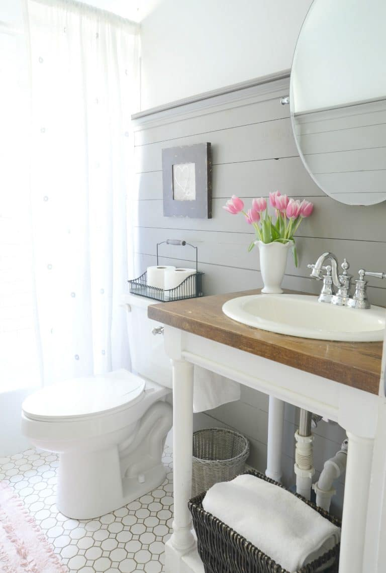 Essential Elements Of A Farmhouse Bathroom The Turquoise