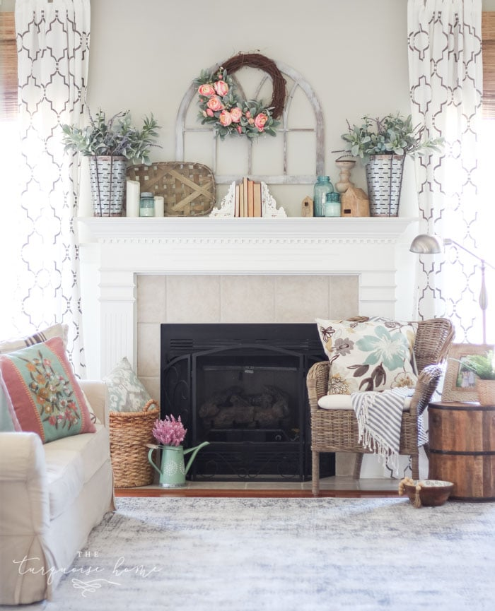 How To Decorate Girly Bedroom: How To Decorate Your Mantel For Spring