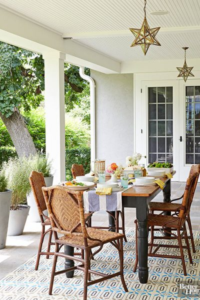 Inspirational Front Porch Decorating Ideas - front porch dining room is gorgeous!