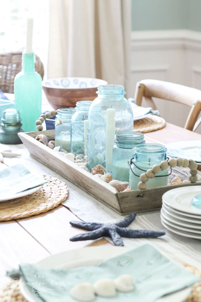 Coastal Decor in the Dining Room + 15 other gorgeous homes decorated for summer!
