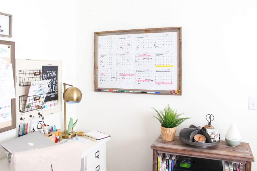 DIY Dry Erase Wall Calendar | The Turquoise Home