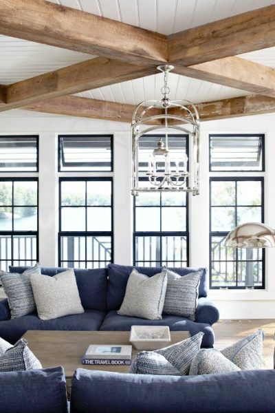 Gorgeous lake house living room!