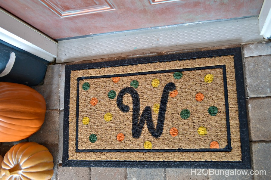 DIY Monogrammed Fall Doormat