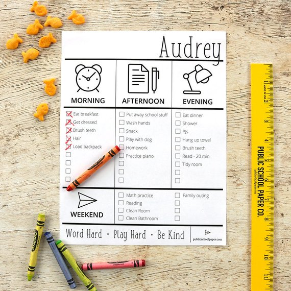 Love this editable chore chart! Perfect for kids to learn responsibility. Put it in between a self-adhesive laminate sheet and use a dry erase marker to check it off every day!