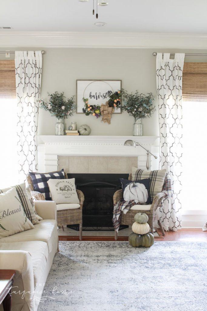 Beautiful, simple fall harvest mantel decor!