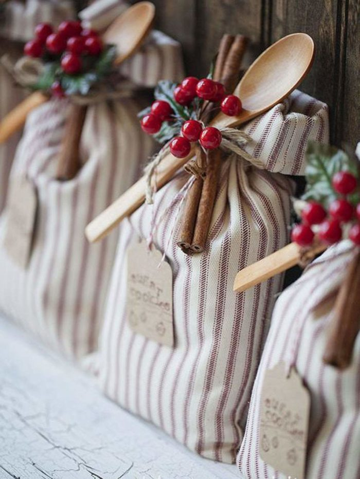 DIY Christmas Gifts: Cookie Sack