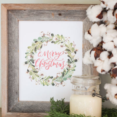 Free Christmas Printables - Merry Christmas in a cotton stem wreath
