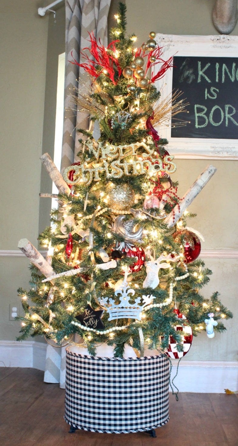 The Best Creative Christmas Tree Stands   The Turquoise Home