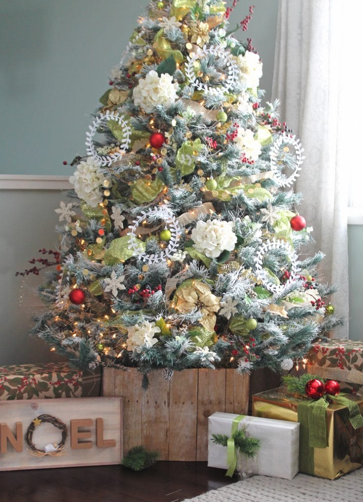 The Best Creative Christmas Tree Collars The Turquoise Home