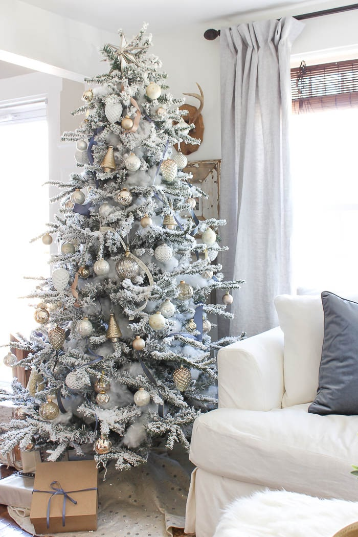 The Prettiest Flocked Christmas Trees | The Turquoise Home