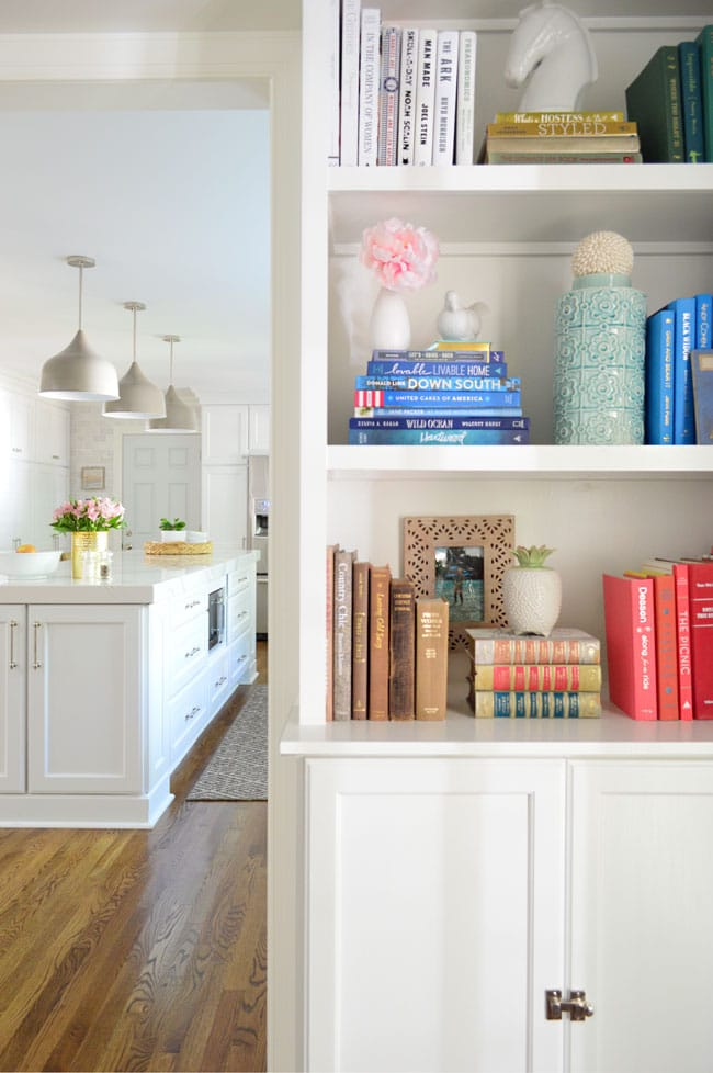 How to Style a Bookshelf -->> Built-ins with eclectic finds