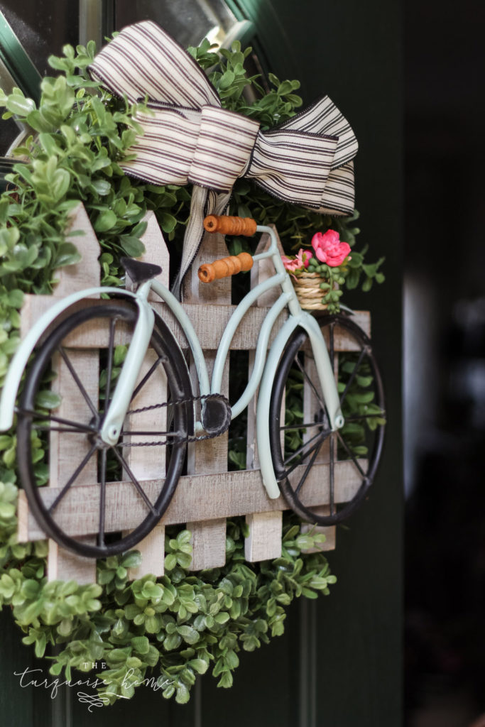 DIY Boxwood and Bicycle Spring Wreath - the cutest bike and fence for a wreath!