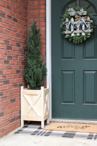DIY Wooden Planter Tutorial