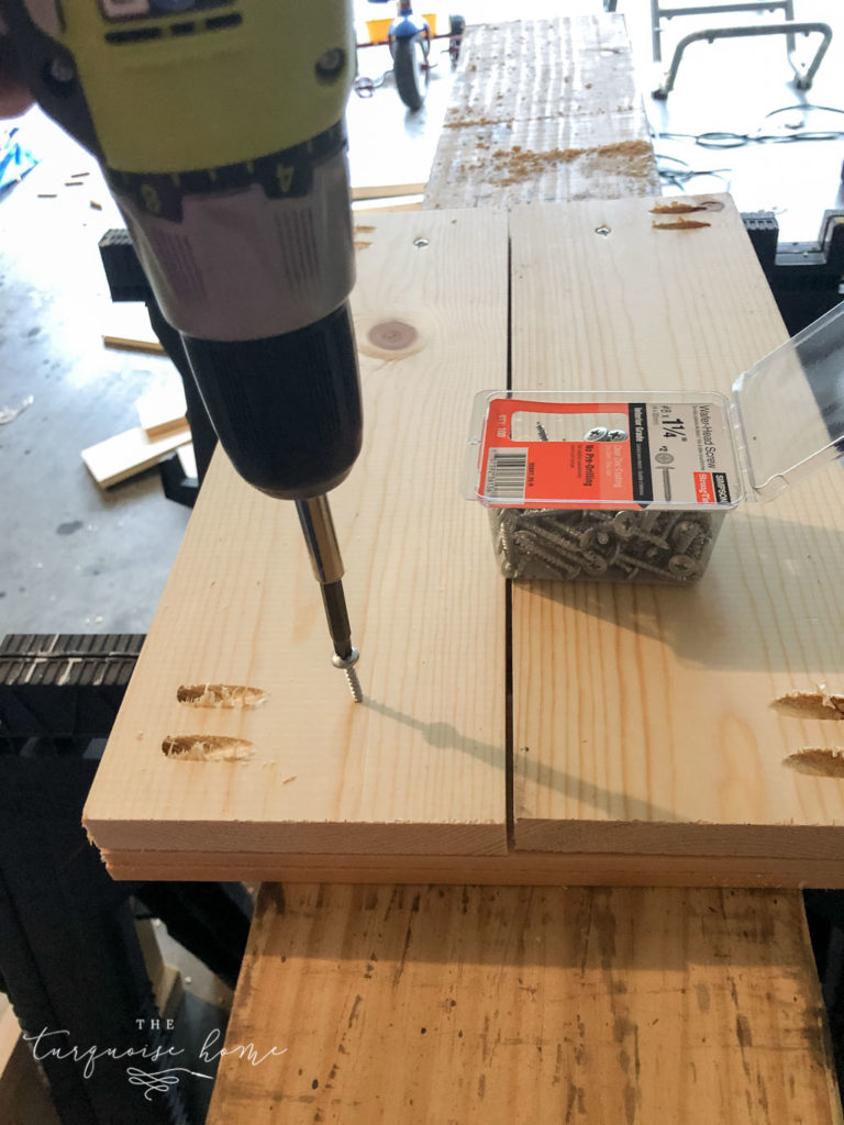 DIY Wood Planter -->> Screw a screw into the back of the 1x6 panels into the 1x3 boards to make it extra secure