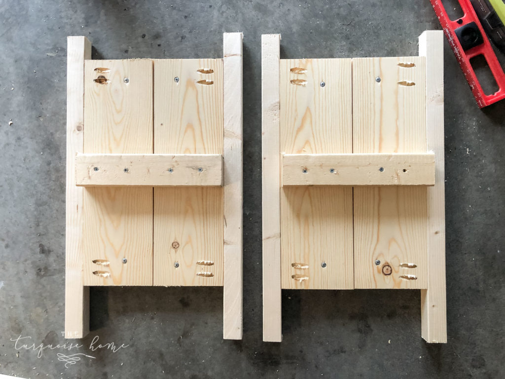 DIY Wood Planter -->> Add cleats to two panels