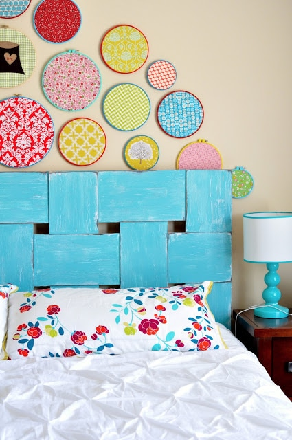How to make a headboard: 13 Beautiful DIY Headboard Ideas - Woven Pattern DIY Headboard