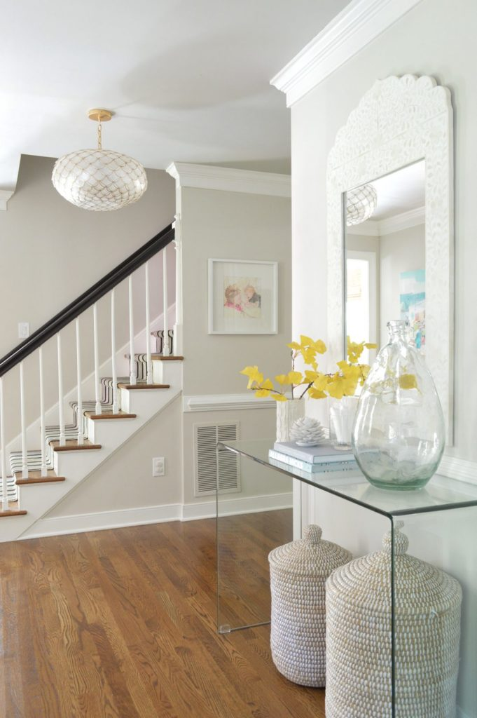 The Best Gray Paint Colors for Your Home -->> Edgecomb Gray in the entry way