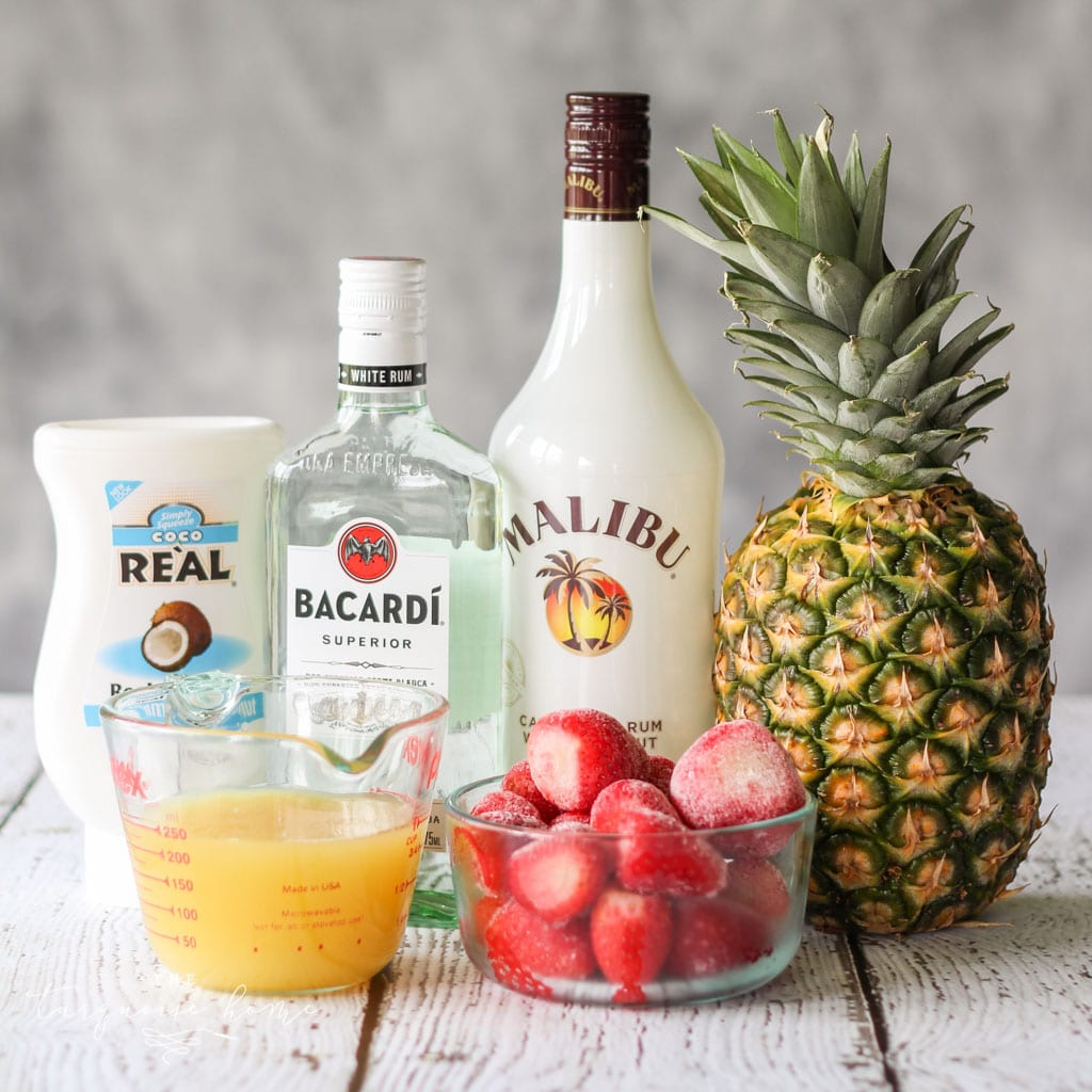 "This Lava Flow Cocktail will make you feel like you're hanging out on the beach! A traditional Hawaiian drink! ---> 5 simple ingredients"" class=""wp-image-31713″/></figure></div>    <p><a href="