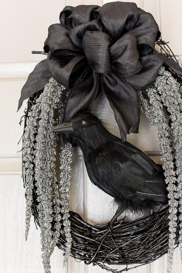 DIY Crow Wreath for Halloween Decorations
