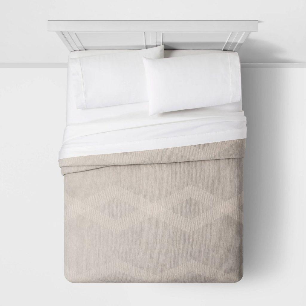 Stripe Matelasse Quilt | farmhouse quilt