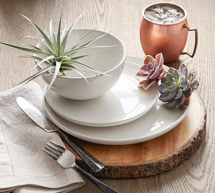 Wood plate charger
