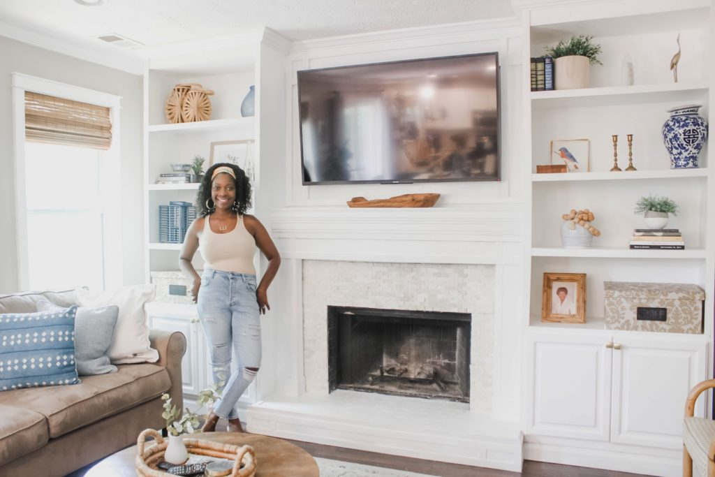 fireplace makeover with summer decorated built-ins