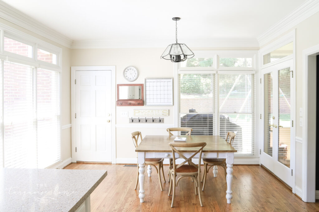 traditional-kitchen-edgecomb-gray