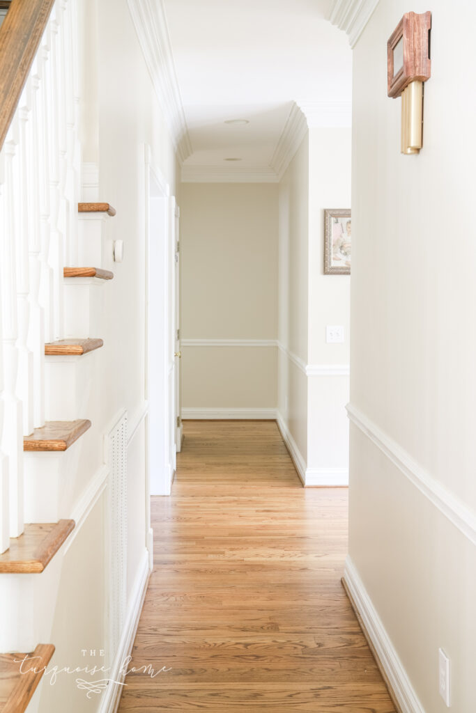 Plain Hallway Decor