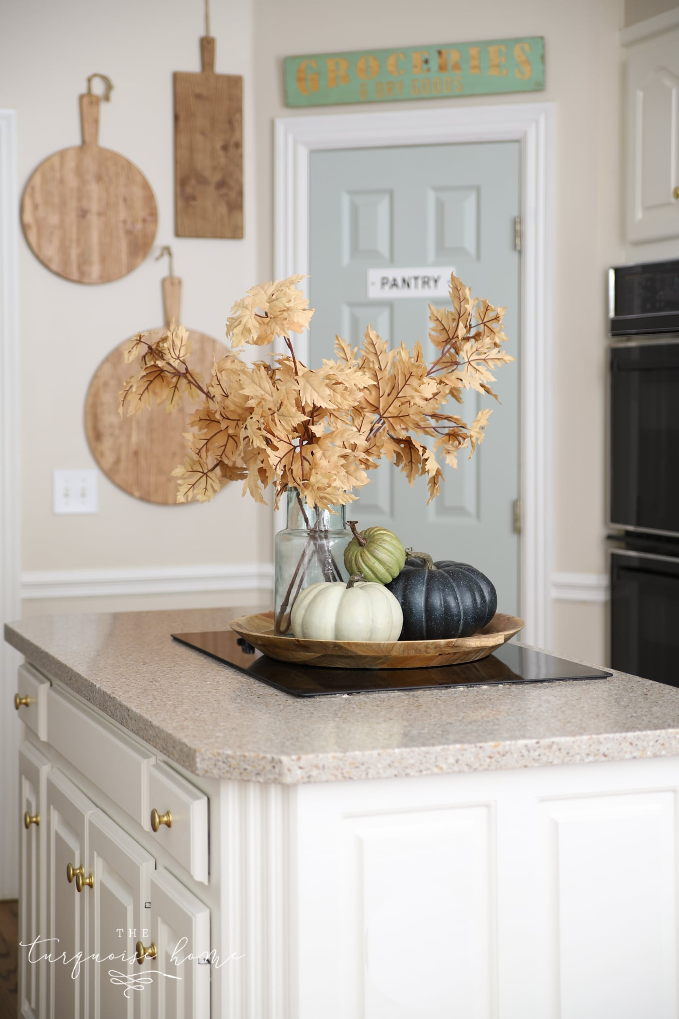 Simple Fall Decor in the Kitchen