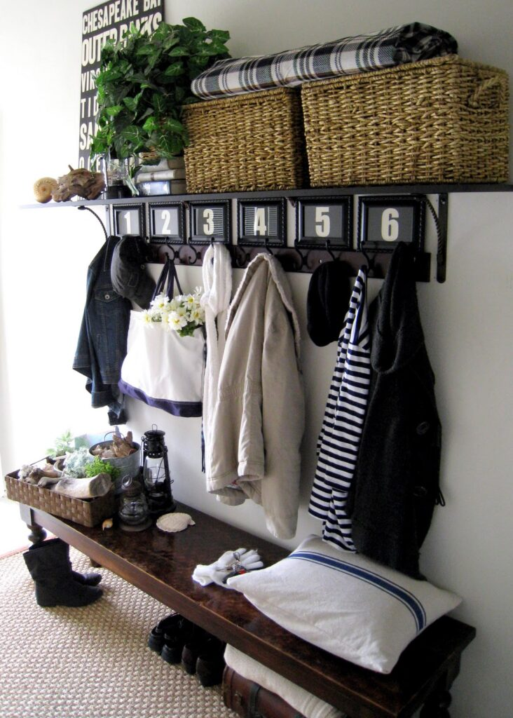 Maximum storage and organization in this entryway unit.