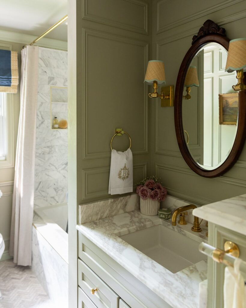 Green Painted Classic Bathroom