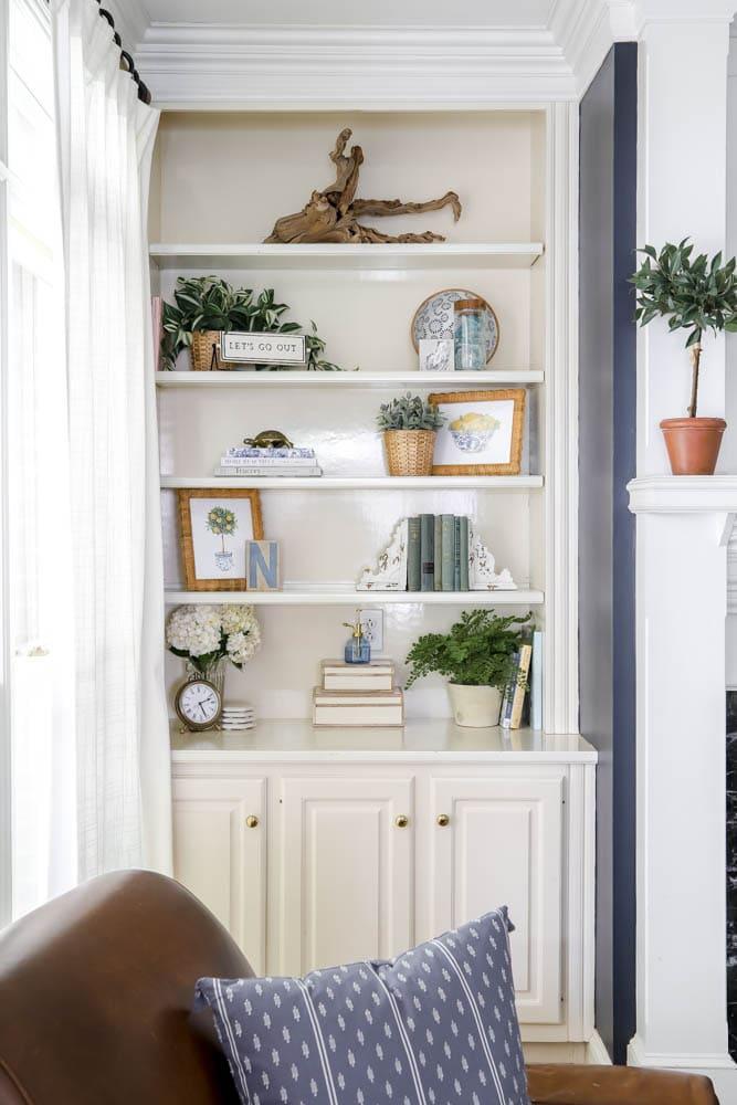 summer styled built-in shelves