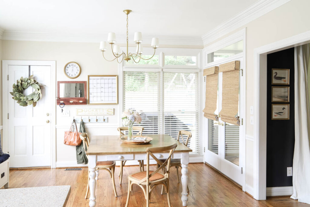 Eat-in Kitchen with Bamboo Blinds